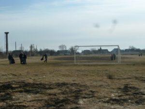Уборка территории спортивной площадки
